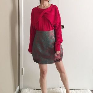 Vintage Twisted Front Red Sweater.-I10.
